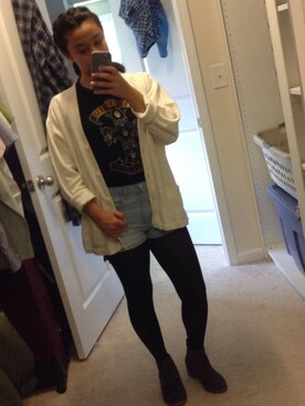 (FOREVER 21) using this Issy looks