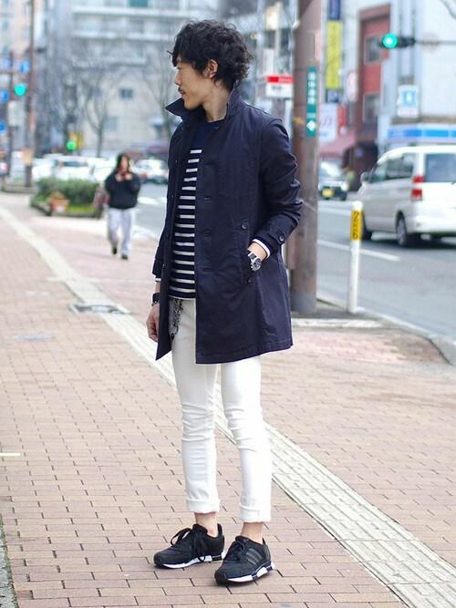 春服メンズのステンカラーコート「LOUNGE LIZARD GABADEINE STRETCH 製品染めコート」を使ったコーディネート