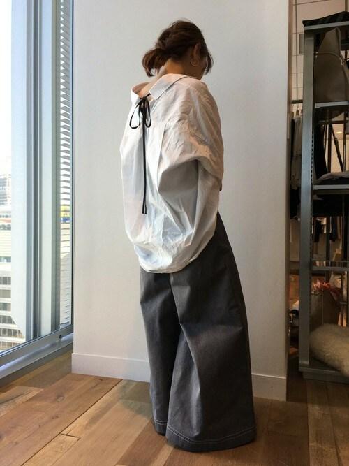 JEANASIS 本社JEANASIS WEB STAFF/itaさんのシャツ/ブラウス「【3/24放映!ヒルナンデス掲載アイテム】バックリボンレギュラーシャツ/744593 (JEANASIS ジーナシス)」を使ったコーディネート