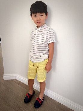 (ZARA KIDS) using this Derrick looks