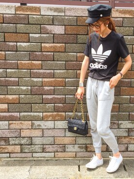 asukaさんの(adidas|アディダス)を使ったコーディネート