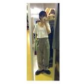 ちなつさんの「[made in Japan][日本製][綿100%]スリット入り5分袖VネックTシャツ(philter|フィルター)」を使ったコーディネート