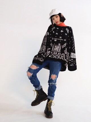 瀬戸あゆみさんの「Bandana Patchwork Sweater(LABRAT|ラブラット)」を使ったコーディネート
