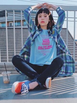瀬戸あゆみさんの「VANS GARAGE BURGER Tシャツ(VANS|バンズ)」を使ったコーディネート