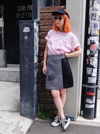 瀬戸あゆみさんの「BURGERELL Tシャツ(Aymmy in the batty girls|エイミー インザ バッティー ガール)」を使ったコーディネート