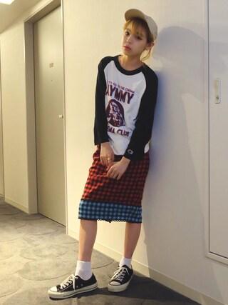 瀬戸あゆみさんの「DIMENSION AYMMY ラグランTシャツ(Champion チャンピオン)」を使ったコーディネート
