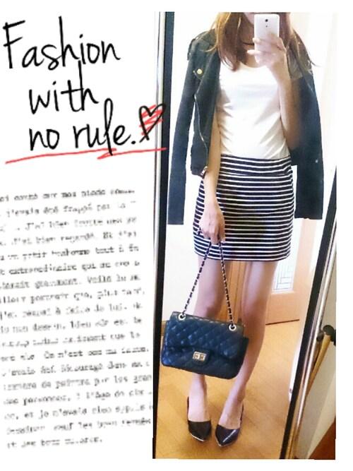 yuuさんの「ボーダータイトスカート(Emsexcite)」を使ったコーディネート