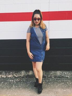 (VINTAGE) using this Manuela Gomez-Rhodes looks