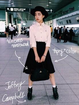 中田クルミさんの「【TC】デニムフレアスカート(thpry+color)」を使ったコーディネート