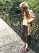 清水夏姫さんの「◆ピーチスキンプリーツスカート(OZOC|オゾック)」を使ったコーディネート