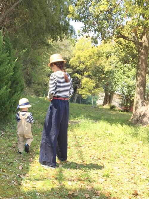 公園ファッション 30代母親 ジーンズにボーダー
