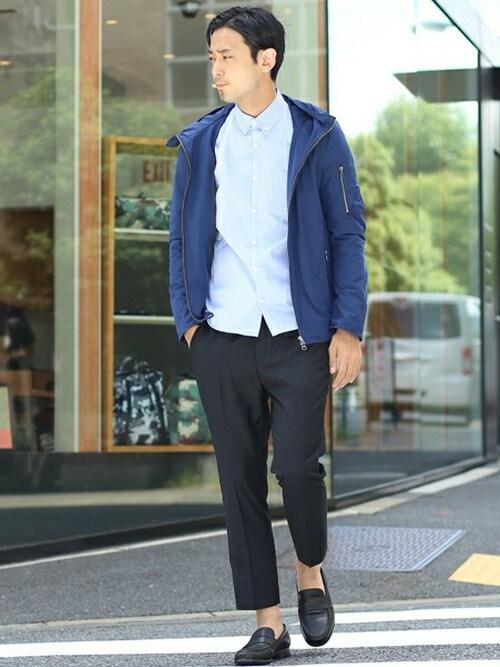 シャツ メンズ 着こなしのマウンテンパーカー「STUDIOUS STUDIOUS メモリータフタマウンテンパーカー MADE IN JAPAN」を使ったコーディネート