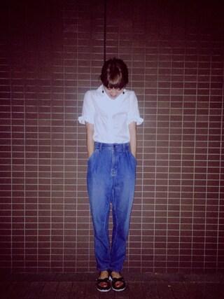 岡田ロビン翔子さんの「TORI-TO / 2重フリルスリーブ 半袖シャツ(BEAMS BOY|ビームスボーイ)」を使ったコーディネート
