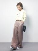 sae りっぴーさんの「ポイント刺繍 コットンカシミア 長袖カーディガン(peu pres|プープレ)」を使ったコーディネート
