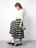 sae りっぴーさんの「どんぐりプリント ギャザースカート(peu pres|プープレ)」を使ったコーディネート