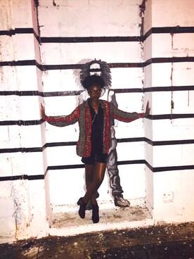(VINTAGE) using this Ashé West looks