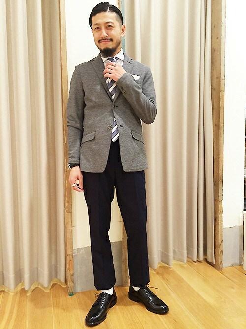 男性の結婚式服装|どんなスーツならマナー違反