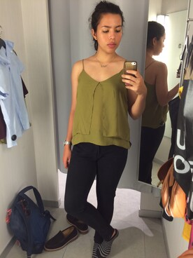 (H&M) using this Isabella looks
