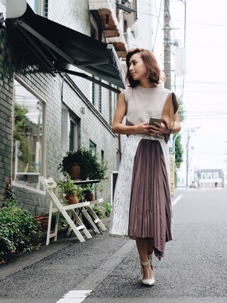 黒石奈央子さんの「CHIFFON COMBI DESIGN TOP(AMERI|アメリヴィンテージ)」を使ったコーディネート