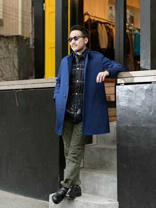 デニムジャケット着こなしメンズのステンカラーコート「FAT LNR」を使ったコーディネート