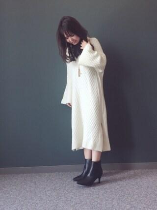 RANDA 本社|nakamura sayakaさんの「ダイヤ編みサイドスリットニットワンピース(RANDA|ランダ)」を使ったコーディネート