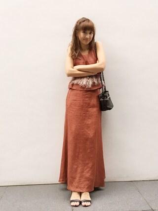 紗栄子さんの「リネンタンクブラウス(FRAY I.D|フレイ アイディー)」を使ったコーディネート