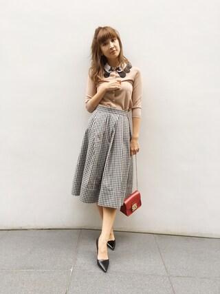 紗栄子さんの「ギンガムタックフレアスカート(DRWCYS|ドロシーズ)」を使ったコーディネート