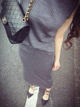 瞳美さんの「WOMEN メリノブレンドリブタートルネックセーター(ノースリーブ)(ユニクロ)」を使ったコーディネート