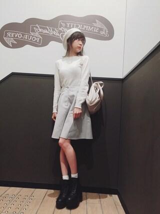 斎藤みらいさんの「【Ray CanCam掲載】フェイクスウェードフレアスカート(titty&Co. ティティー&コー)」を使ったコーディネート
