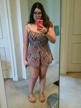 (H&M) using this Yasmine Khan looks