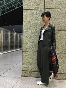 ADAM ET ROPE' 天王寺MIO|MOMOKOさんの「レザーライダースジャケット(LE JUN)」を使ったコーディネート