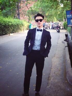 (H&M) using this Kunzang Namgyal Kazi looks