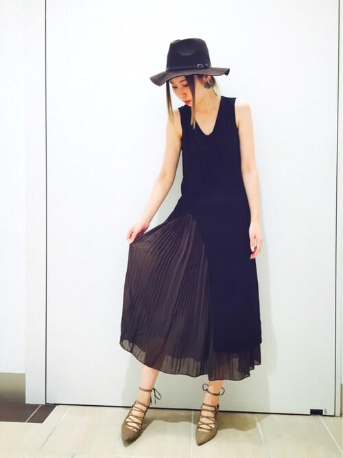 yoshika.oさんの「エアリープリーツスカート(RANDA)」を使ったコーディネート
