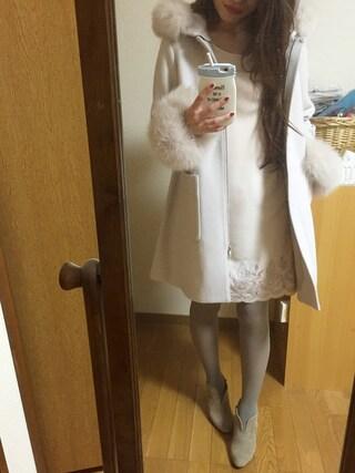 Yoshie Fujiuさんの「ボリュームFOXファー付コート(MERCURYDUO|マーキュリーデュオ)」を使ったコーディネート