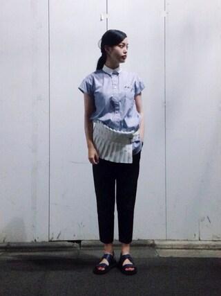 青柳 文子さんの「Sacai Pleated cotton-poplin shirt(Sacai|サカイ)」を使ったコーディネート