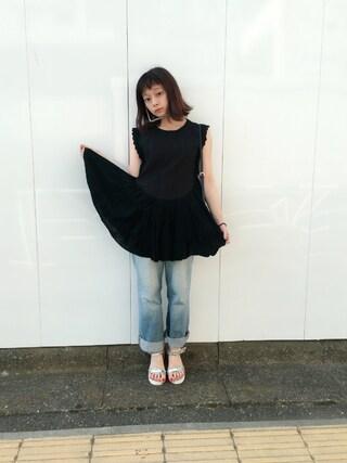 荒井愛花さんの「メタルベルトサンダル/714623(JEANASIS|ジーナシス)」を使ったコーディネート