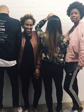 (H&M) using this Niyah Jackson looks