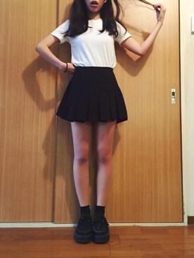 アディクション山木さんの「韓国で買ったプチハイネックTシャツ(no brand)」を使ったコーディネート