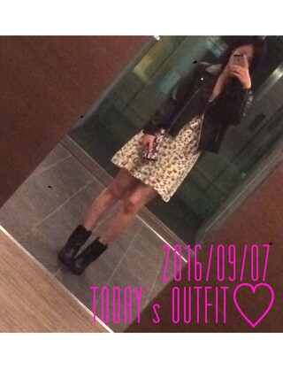 fA'wiCrさんの「FOREVER 21 Faux Suede Zipped Booties(Forever 21|フォーエバー トゥエンティーワン)」を使ったコーディネート