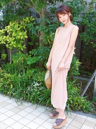 西川 瑞希さんの「U字パーツパールネックレス(Loungedress|ラウンジドレス)」を使ったコーディネート