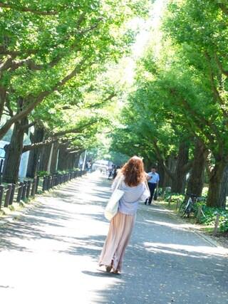 西川 瑞希さんの「Relaxギャザーフレアーマキシスカート(LAGUNAMOON|ラグナムーン)」を使ったコーディネート