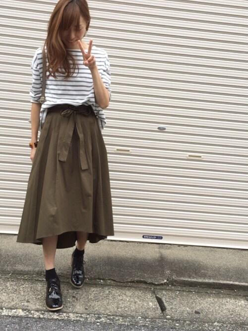 Sato*さんの「高密度綿ツイルベルト付きイレヘムスカート(mysty woman)」を使ったコーディネート