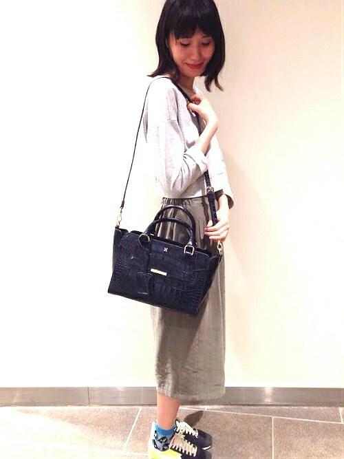 新宿フラッグスbijiness by SAZABY |うっちーさんのハンドバッグ「LEC-01/手提げ(SAZABY|サザビー)」を使ったコーディネート