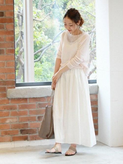 ホワイト リネンロング丈スカート デートスタイル