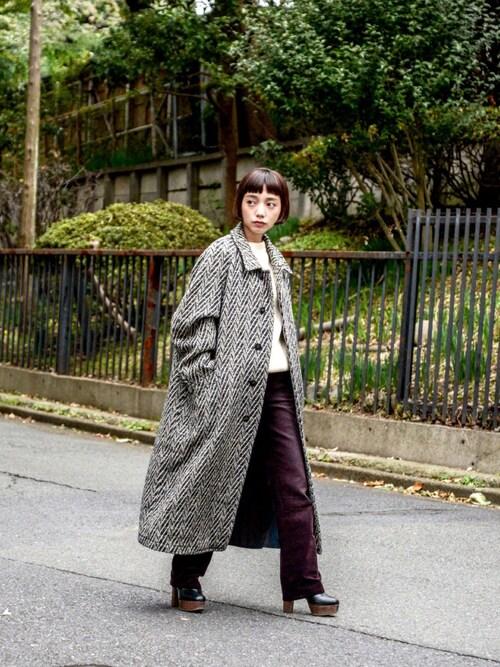 """仲西さほみさんの「"""" USED """" Herringbone Soutiencollar Coat(¥20500+tax/M)(no brand)」を使ったコーディネート"""