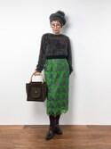 ひいこさんの「フルル ぶどう刺繍 タックスカート(peu pres|プープレ)」を使ったコーディネート