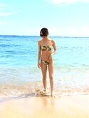 「FOREVER 21 Tropical Strappy Bikini Bottoms(Forever 21)」 using this 石井亜美 looks
