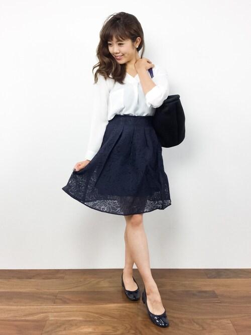 ARISAさんの「バラ柄フレアスカート(Chille anap)」を使ったコーディネート
