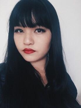 (Estée Lauder) using this Trudy Ng looks