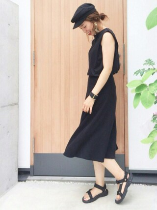 平井薫子さんの「肩タックボリュームカットソー(ROPE' PICNIC ロペピクニック)」を使ったコーディネート